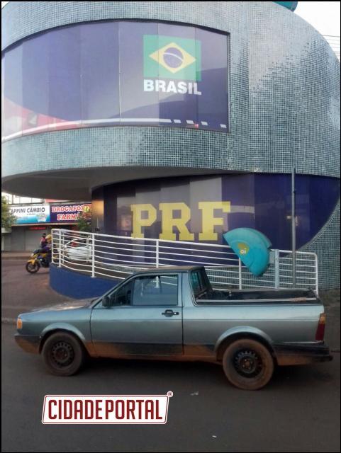 Polícia Rodoviária Federal recupera veículo furtado neste sábado em Foz do Iguaçu/PR
