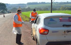 Município monitora entradas com barreiras sanitárias