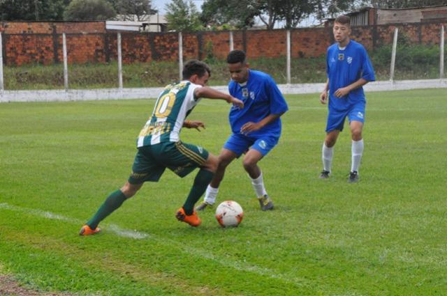 Assis x CCR e Iguatu X Cruzeiro fazem duelos pelo Regional de base da LIFAC