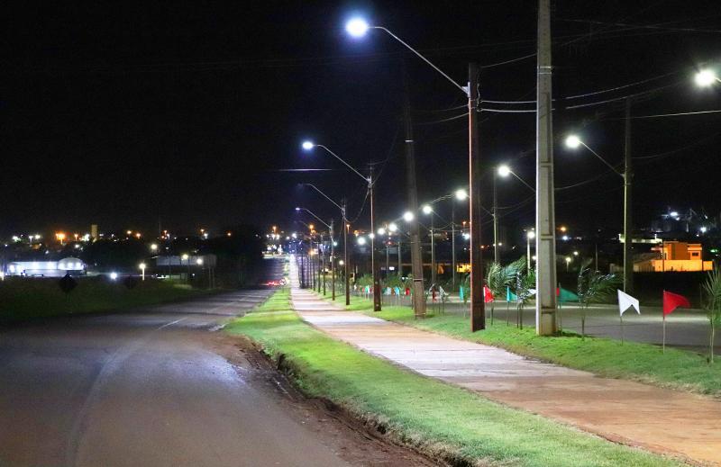 Ciclovia entre Cristo Rei e BNH/Ivo Muller ganha iluminação de led