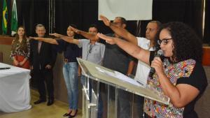 Prefeito Pegoraro dá posse aos novos conselheiros tutelares de Assis Chateaubriand
