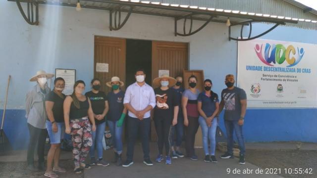 Valtinho acompanhou trabalhos de manutenção e reforma na Unidade Descentralizada do CRAS