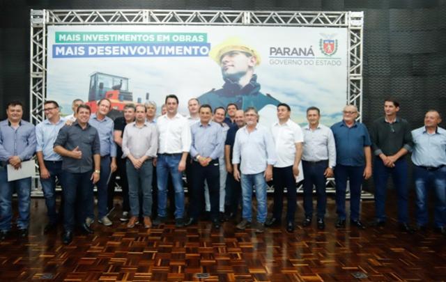 Ratinho Júnior e Micheletto liberam R$ 6,3 milhões para nove municípios