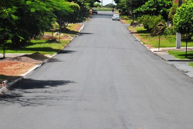 Governo Municipal conclui perfilamento no Jussara/Panorama e inicia no Jardim Paraná