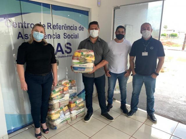 Mercedes Benz faz doação de cestas para Assistência Social de Assis Chateaubriand