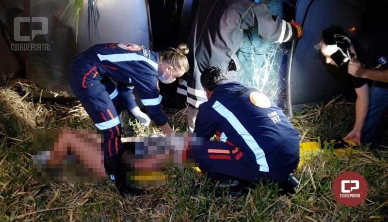 Duas pessoas ficam feridas gravemente em acidente automobilístico na BR-272 em Farol