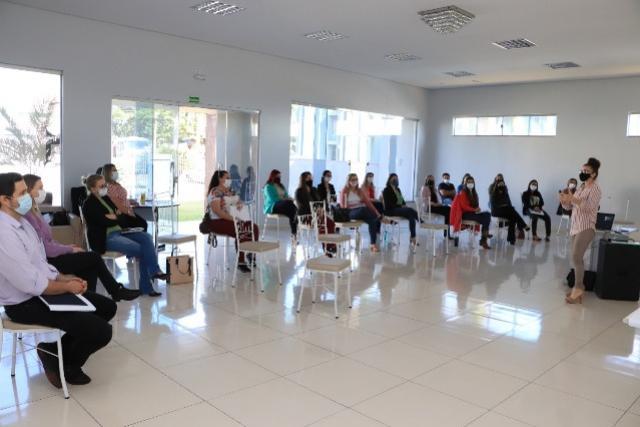 Comitê gestor realiza Conexão liderança em Assis Chateaubriand
