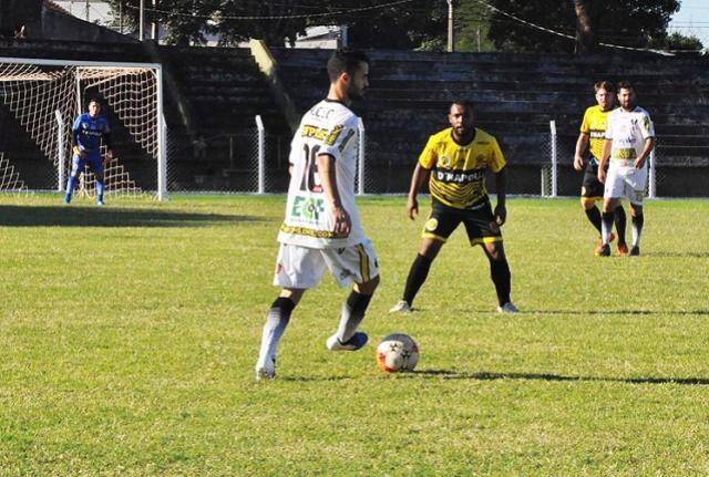 Assis Chateaubriand garante vaga na final do Campeonato Amador da LIFAC