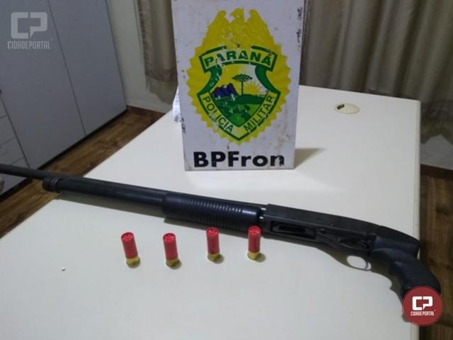 BPFron apreende espingarda calibre 12 na cidade de Terra Roxa