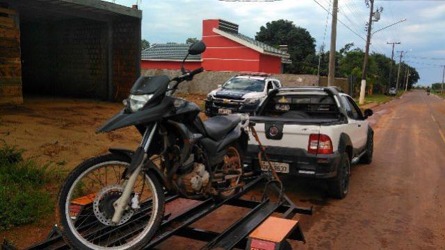 Polícia Militar de Mundo Novo recupera motocicleta furtada