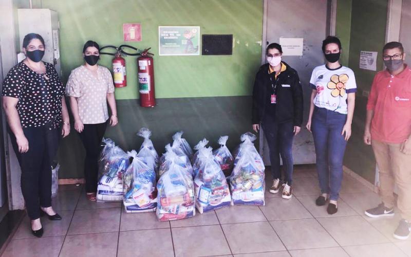 Assistência Social recebe alimentos doados pela empresa Shark