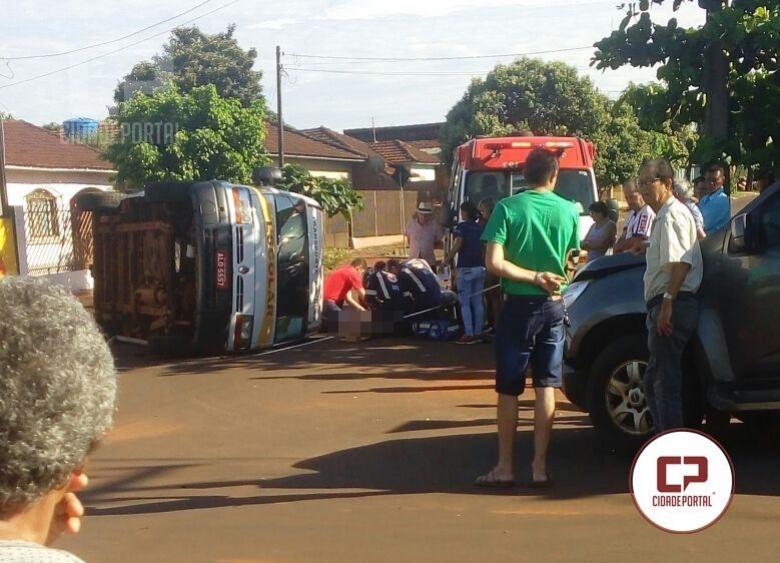 Van tomba ao ser atingida por S-10 em Assis Chateaubriand
