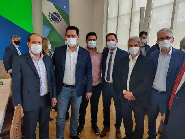 Valtinho participa do lançamento do Banco do Agricultor Paranaense