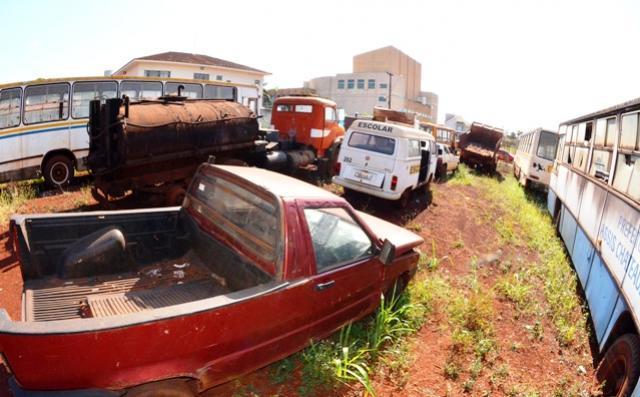 Prefeitura de Assis fará leilão de veículos e sucatas