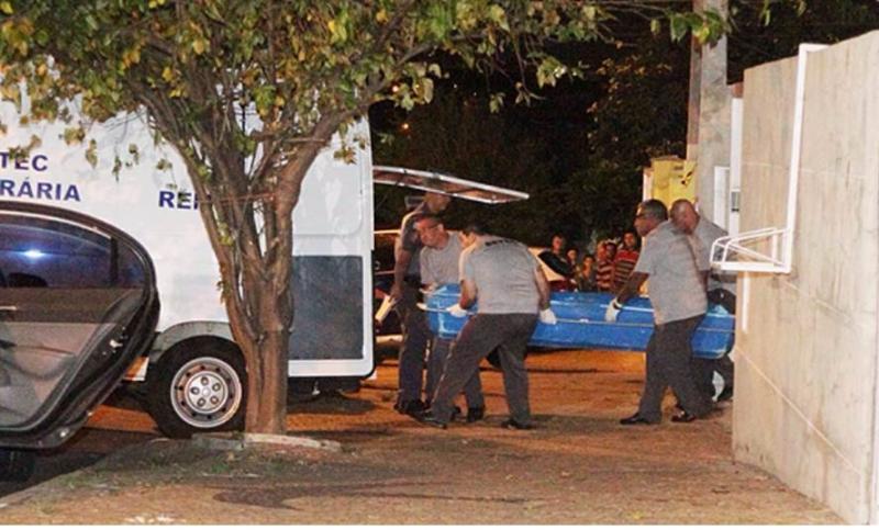 Vítimas de chacina em Campinas são enterradas