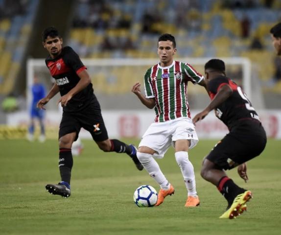 Após fim de vínculo, permanência de Dodi no Fluminense para 2019 ainda não está definida