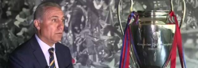 Ídolo do Barça, Stoichkov chama Messi de Deus e provoca Cristiano Ronaldo