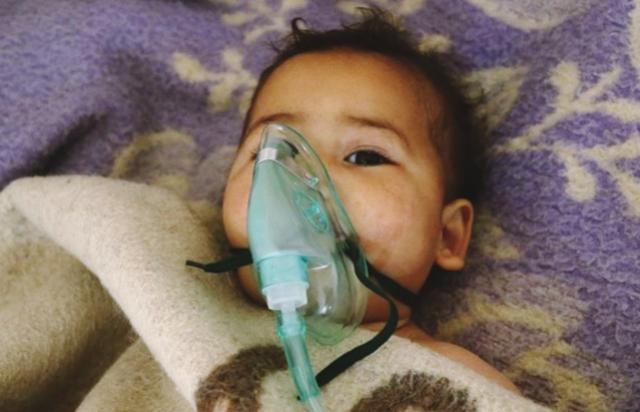 Ataque com gás tóxico deixa 58 mortos na Síria