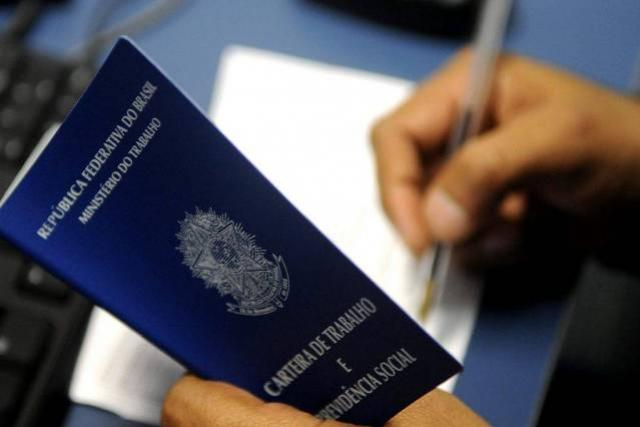 Agências do Trabalhador ofertam 3 mil vagas de emprego com carteira assinada