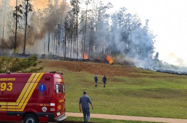 Queda de avião mata empresário do agro e família em Piracicaba (SP)