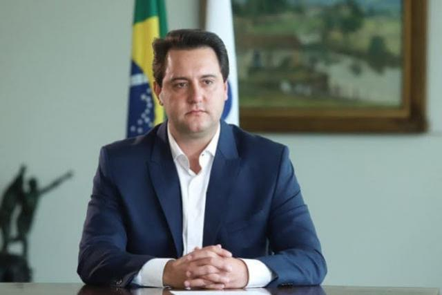 Ratinho Junior cria superintendência com status de secretaria e com 27 cargos em comissão