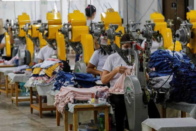 Saldo de empregos de janeiro a setembro é o maior do Paraná desde 2004
