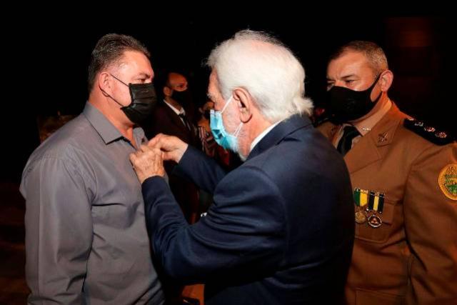 Com entrega de medalhas a autoridades civis e militares, Polícia Rodoviária comemora 57 anos