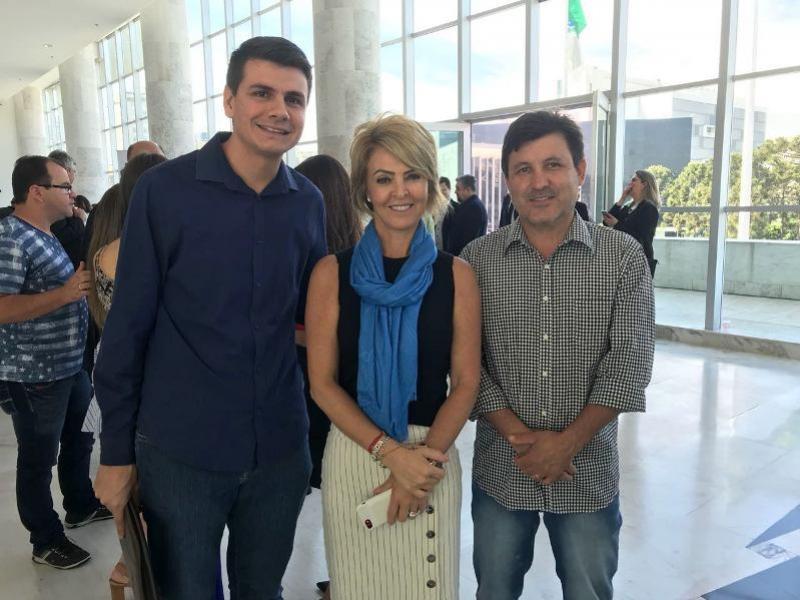 Prefeito Rafael Bolacha realiza conquistas para Moreira e Tuneiras