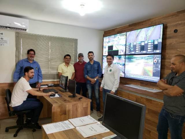 Comitiva de Goioerê conhece o Sistema de Videomonitoramento de Segurança de Ubiratã