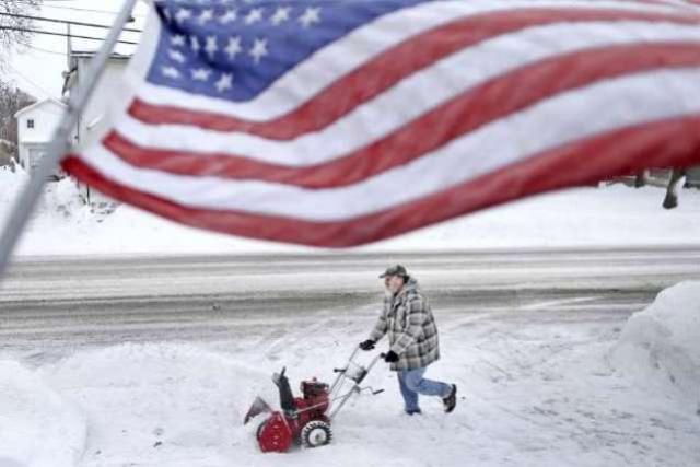 Onda de frio nos EUA: sensação térmica de -54°C e ao menos 11 mortes