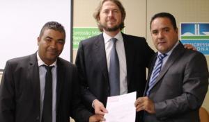 Prefeito Nilson Cardoso e o vereador Missão estiveram em Brasilia