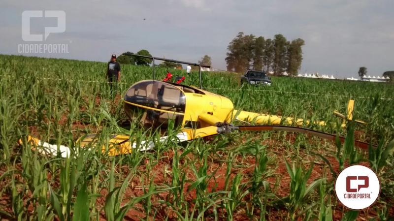 Helicóptero que fazia voo durante festa cai em Quarto Centenário