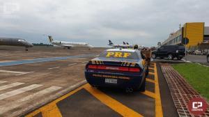 PRF estreia viatura Dodge Challenger durante escolta ministerial em Foz do Iguaçu