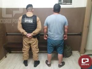 BPFron apreende mercadorias contrabandeadas do Paraguai e cumpre mandado de prisão