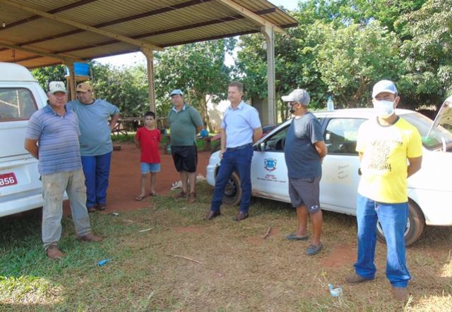 Diretor Municipal de Esportes de Mariluz realizou trabalhos em gramados de futebol