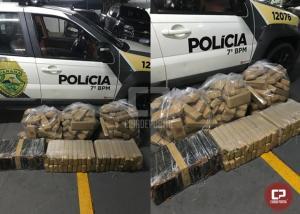 Polícia Militar encontra veículo capotado com 124 kg de maconha em Mariluz