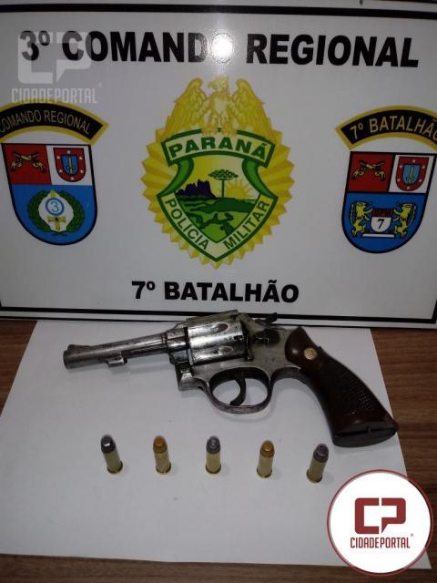 Polícia Militar de Mariluz prende uma pessoa por posse ilegal de arma de fogo
