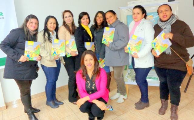Secretária de Educação de Mariluz e Professores do 4° ano, participaram de uma reunião na Cooperativa Integrada de Goioerê