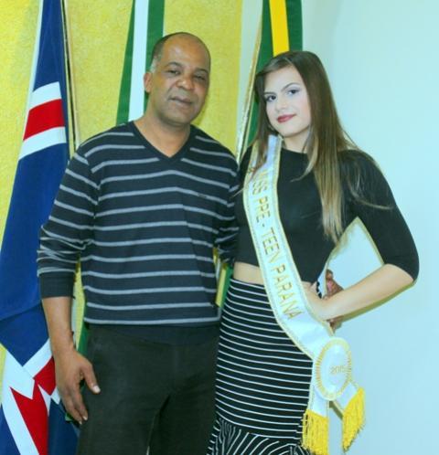 Prefeito de Mariluz Dr. Juarez recebeu em seu gabinete a visita da Miss Pré Teen Paraná, Halanna Curioni