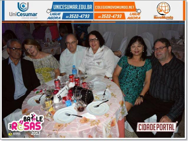 Fotos do Baile das Rosas realizado pelo Goioerê Clube de Campo