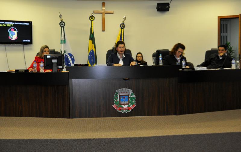 Parlamentares apreciam 10 projetos e  elegem comissão representativa do Recesso