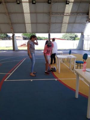 Saúde examina crianças que farão natação no Ceju