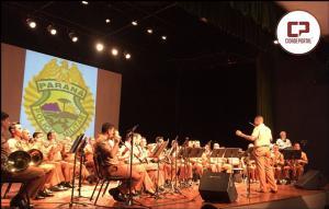 Banda da Polícia Militar se apresentou no Centro Cultural Vera Schubert em Umuarama