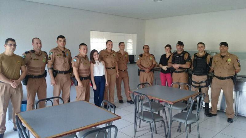 3° CRPM 25° BPM - Polícia Militar de Umuarama realiza sonho de jovem que quer ser Policial