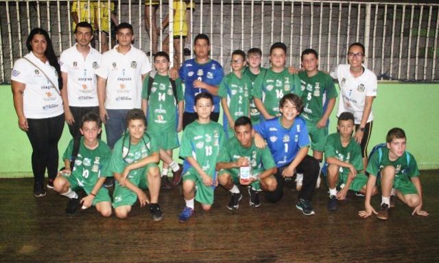 Equipe masculina sub-12 de Campo Mourão avança à semifinal do Festival Paranaense de Handebol