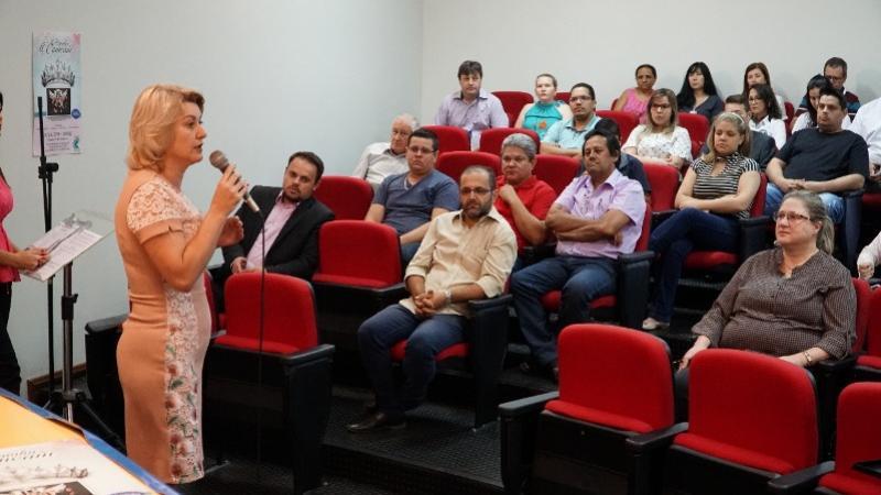 Comcam debate pauta municipalista com prefeitos