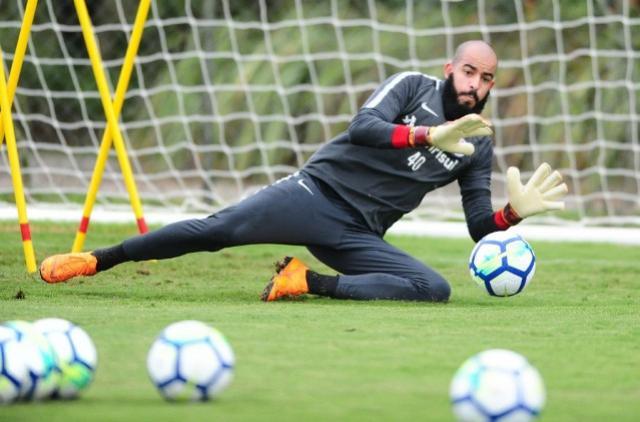 Danilo Fernandes tem ruptura no tendão do ombro e não deve mais jogar em 2018