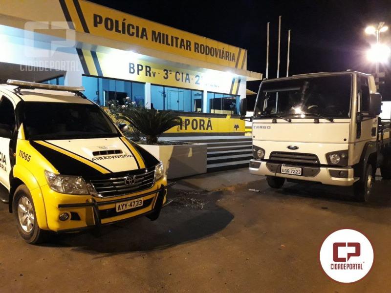 Posto Policial de Iporã recupera caminhão com alerta de roubo e prende duas pessoas