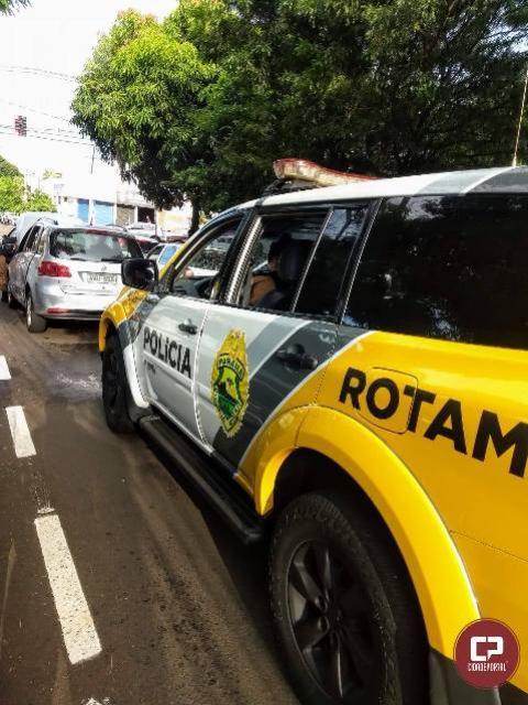 Equipe da ROTAM retira veículo clonado de circulação em Maringá