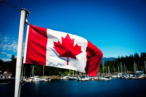 Canadá manifesta apoio a ataque dos EUA à base militar Síria